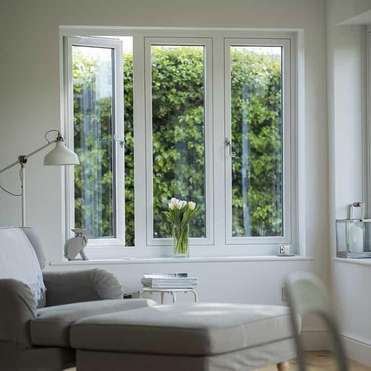 Residence 7 windows in chalk white